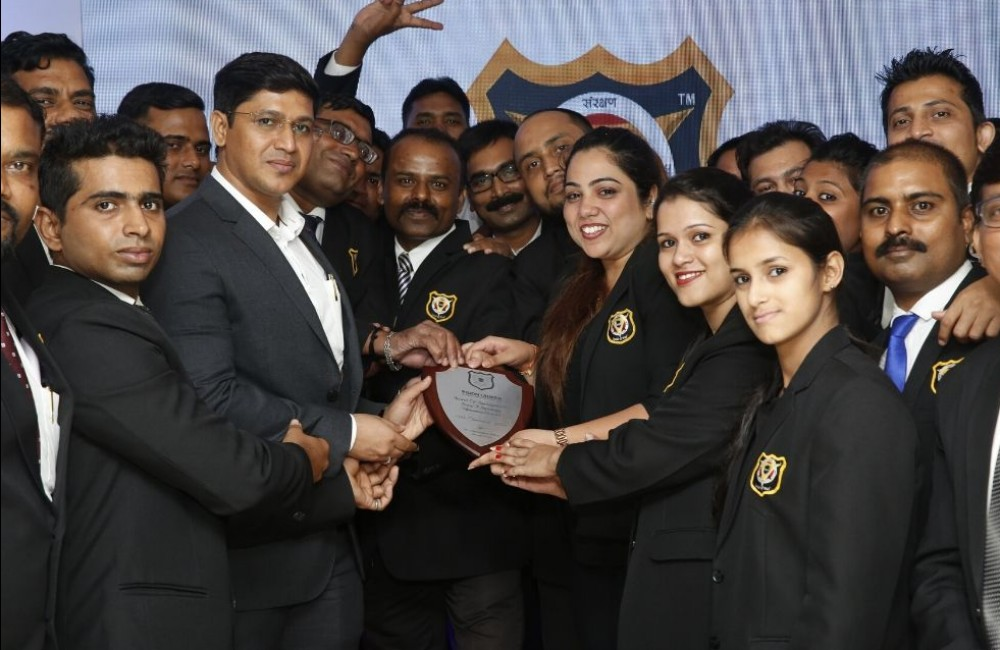 TOP IPS GROUP TEAM -VISION TROPHY
